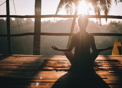 Medytacja – podróż w głąb siebie. Co warto o niej wiedzieć?